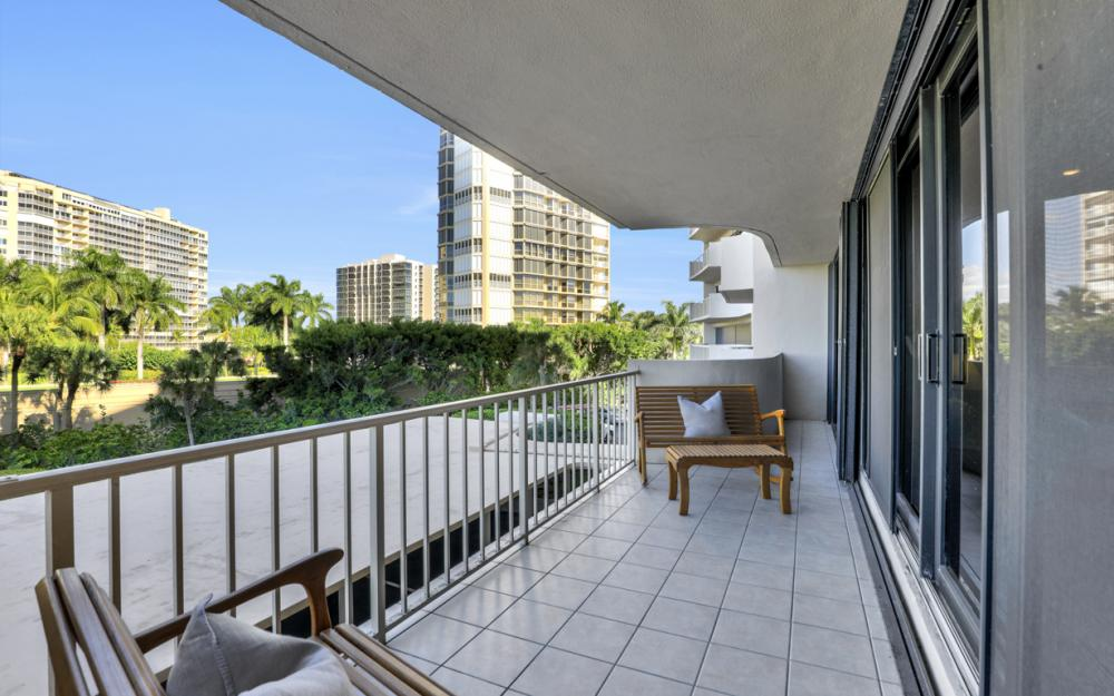 4005 Gulf Shore Blvd N #205, Naples - Condo For Sale 1919389074