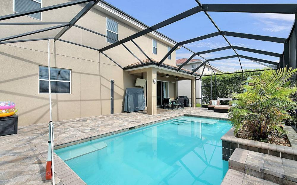17011 Wrigley Cir, Fort Myers - House For Sale 2118041483