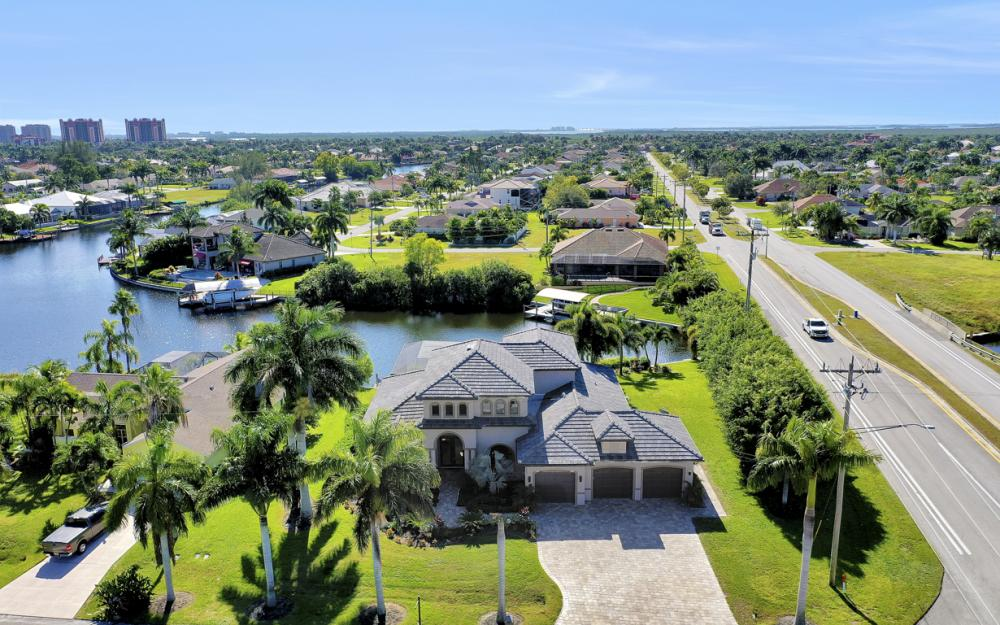 2032 SW 51st St, Cape Coral - Luxury Home For Sale 567243708