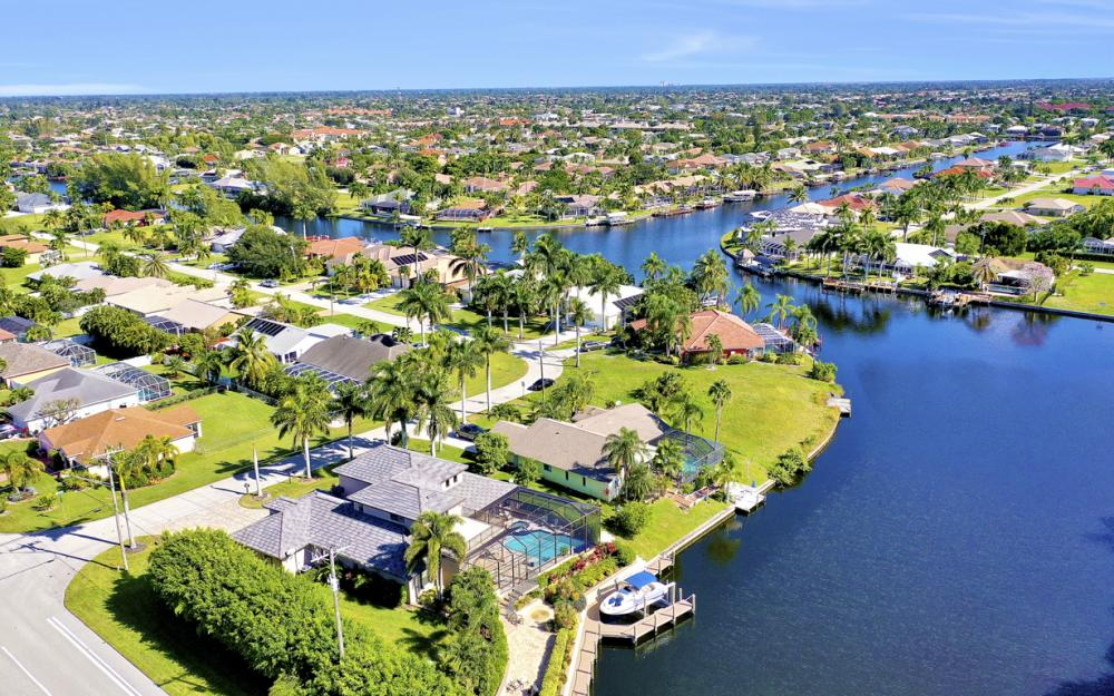 2032 SW 51st St, Cape Coral - Luxury Home For Sale 862607818
