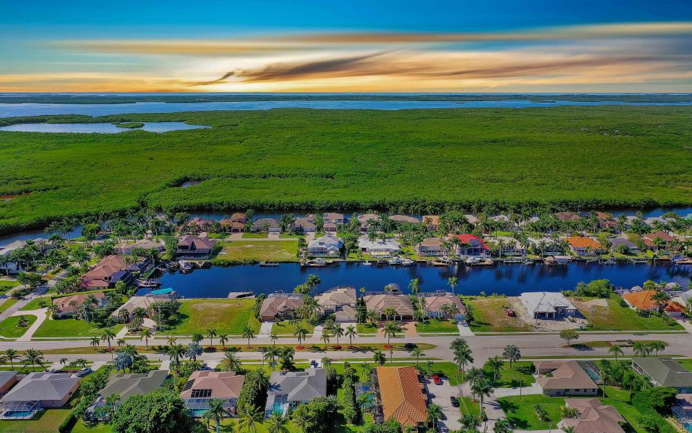 5408 Sands Blvd, Cape Coral - Luxury Home For Sale 1679675226