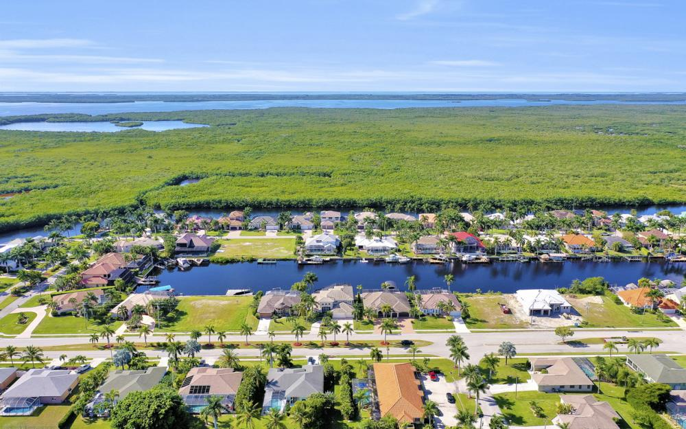 5408 Sands Blvd, Cape Coral - Luxury Home For Sale 1006247815