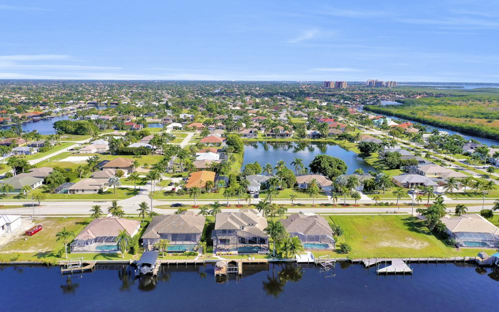 5408 Sands Blvd, Cape Coral - Luxury Home For Sale 621488846