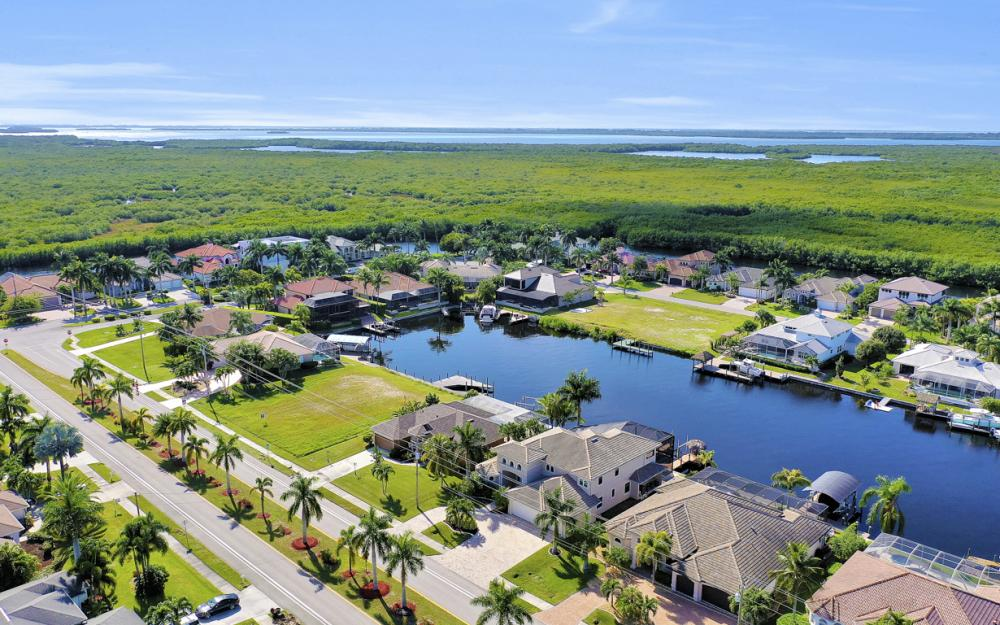 5408 Sands Blvd, Cape Coral - Luxury Home For Sale 136699046