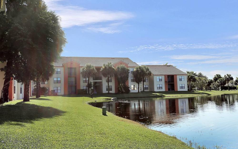13615 Eagle Ridge Dr #1628, Ft.Myers - House For Sale 1353450544
