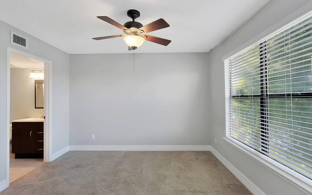 13615 Eagle Ridge Dr #1628, Ft.Myers - House For Sale 310622254