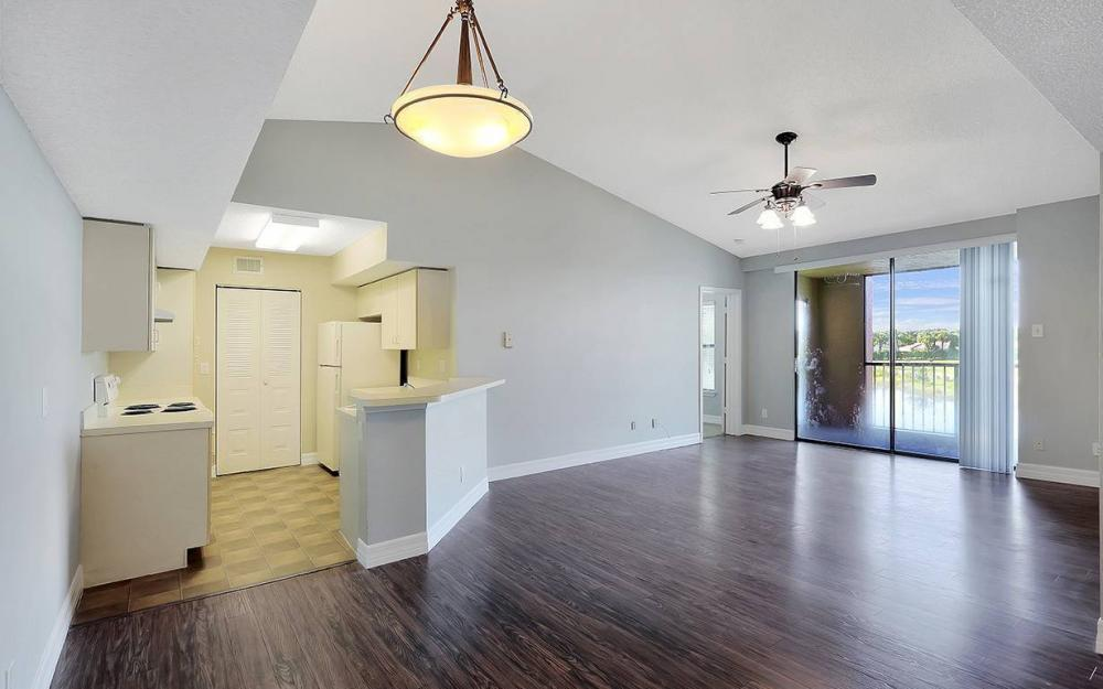 13615 Eagle Ridge Dr #1628, Ft.Myers - House For Sale 1463823567