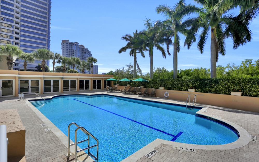 6849 Grenadier Blvd #1504, Naples - Condo For Sale 16675981