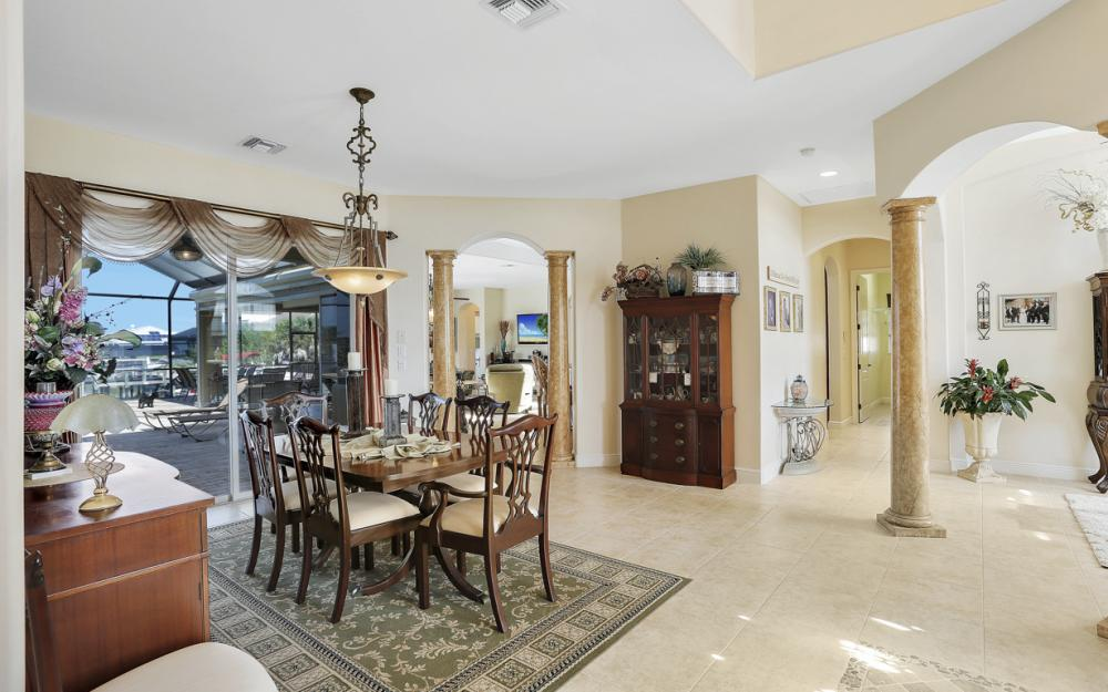 4307 Gulfstream Pkwy, Cape Coral - Home For Sale 1516452589