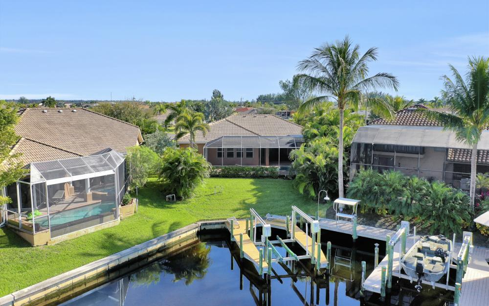 3601 NW 2nd St, Cape Coral - Home For Sale 354436740