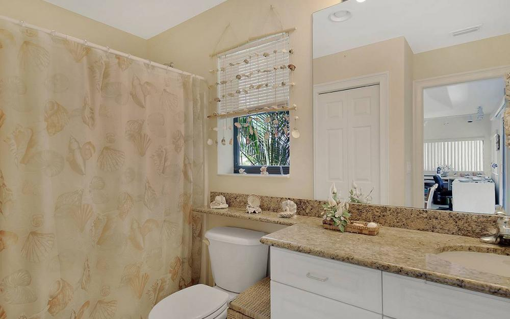 15421 Gullane Ct, Fort Myers - House For Sale 17899773