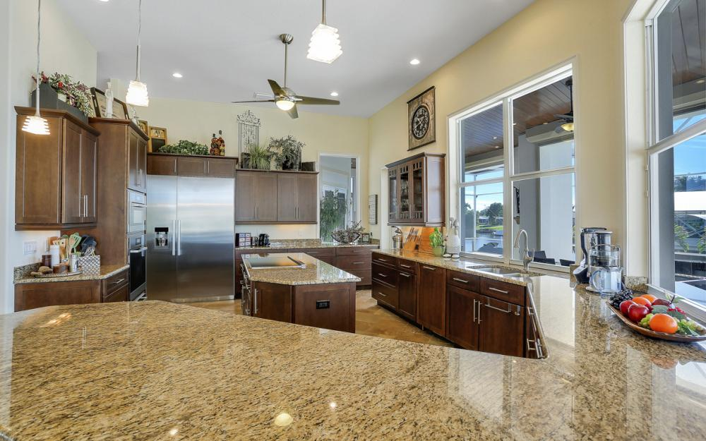 5366 Cortez Ct, Cape Coral - Luxury Home For Sale 533002201