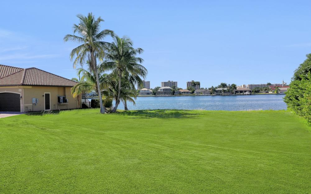 40 Primrose Ct, Marco Island - Lot For Sale 63412639