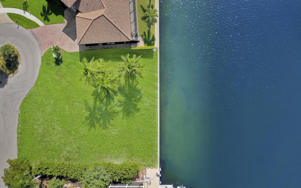40 Primrose Ct, Marco Island - Lot For Sale 1808679547
