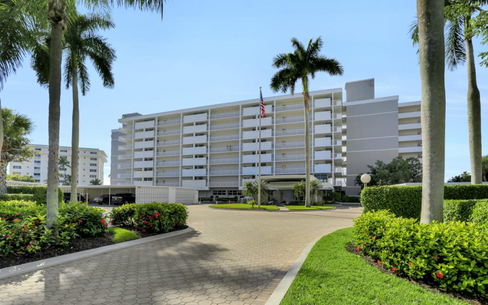3443 Gulf Shore Blvd N #305, Naples - Condo For Sale 881963072