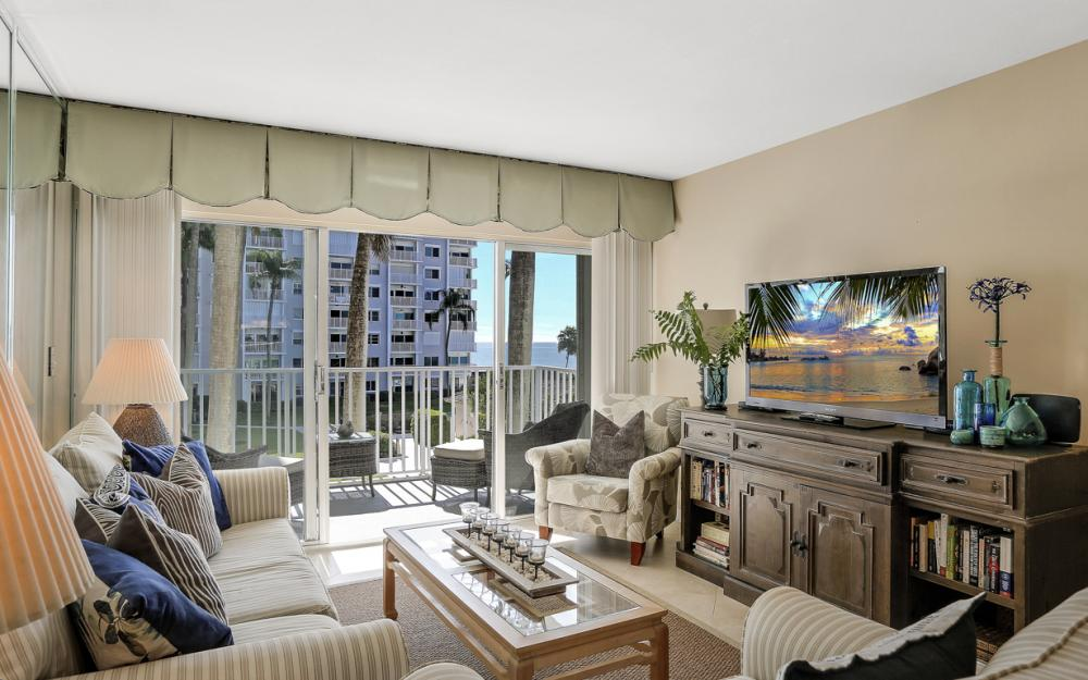 3443 Gulf Shore Blvd N #305, Naples - Condo For Sale 409124345