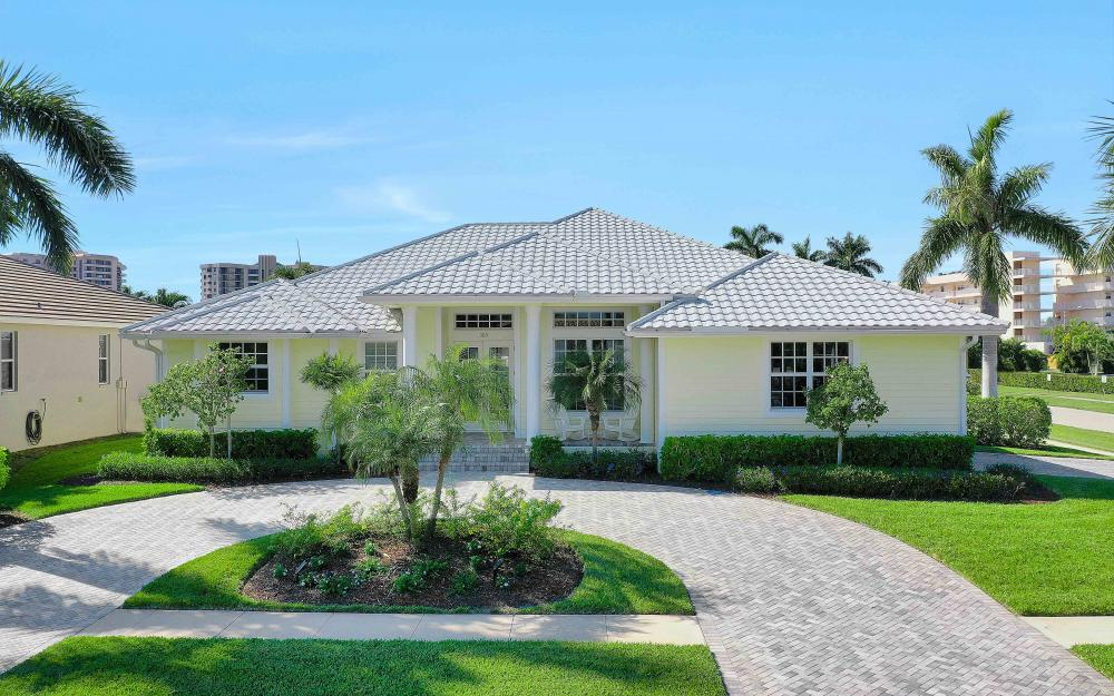 100 Beachcomber St, Marco Island - Home For Sale 1986379178