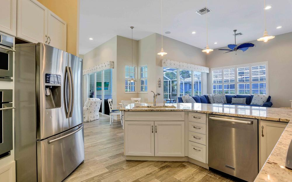 100 Beachcomber St, Marco Island - Home For Sale 683324716
