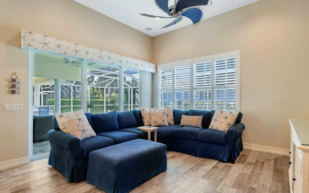 100 Beachcomber St, Marco Island - Home For Sale 1603331701
