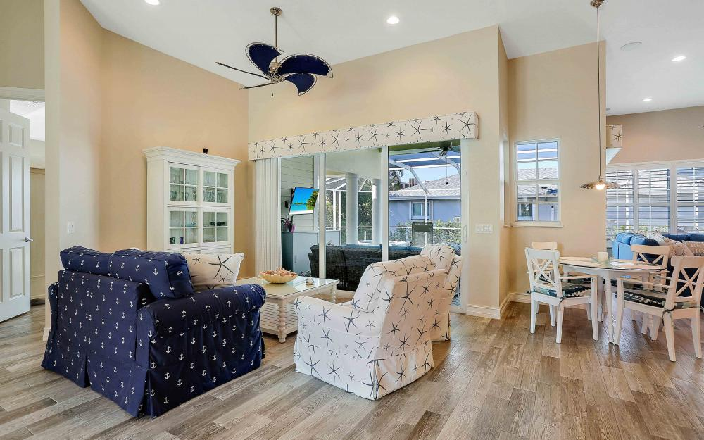 100 Beachcomber St, Marco Island - Home For Sale 1908302399