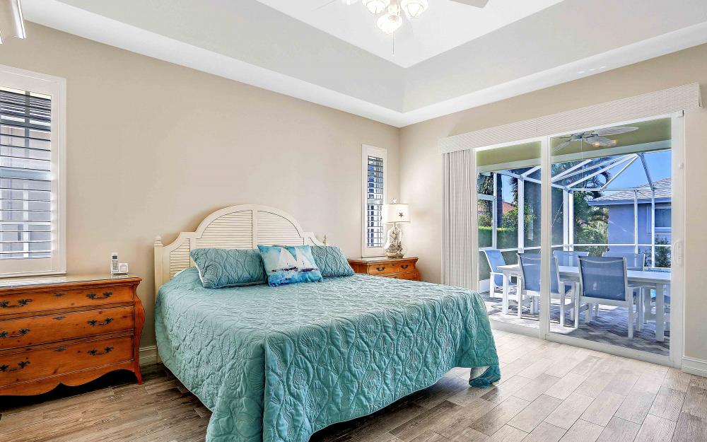 100 Beachcomber St, Marco Island - Home For Sale 221385578