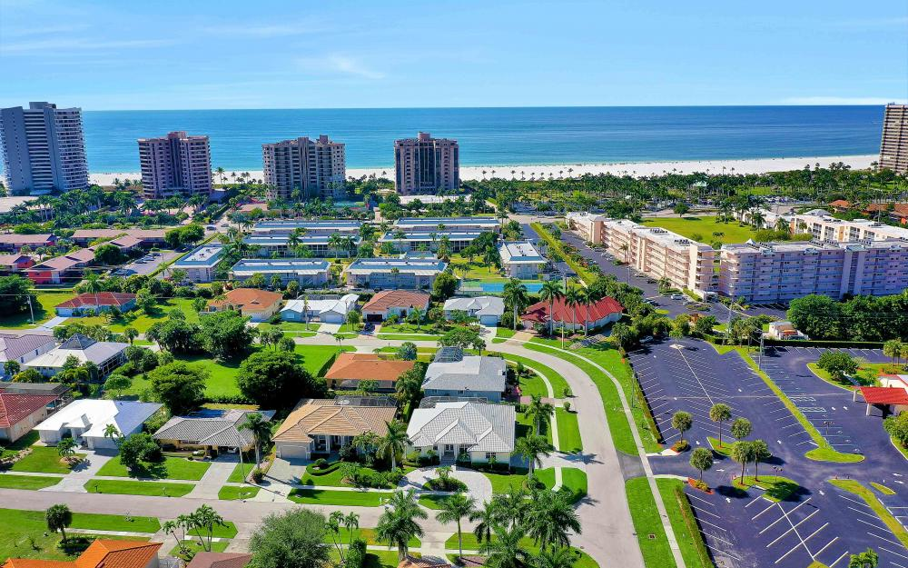 100 Beachcomber St, Marco Island - Home For Sale 1029559954
