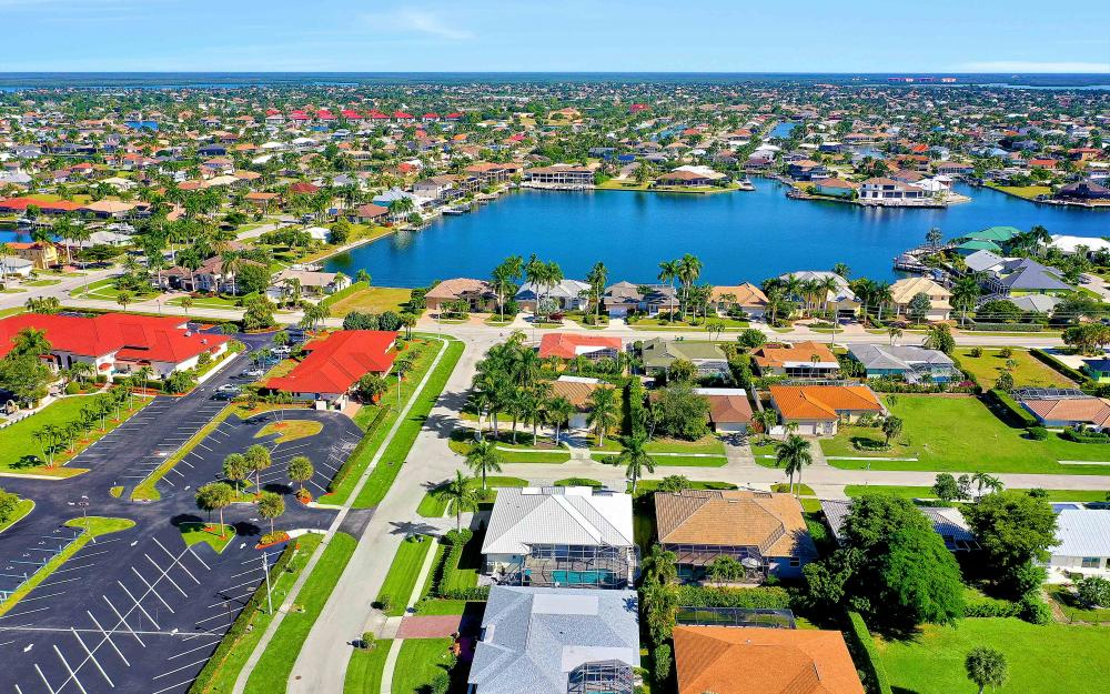 100 Beachcomber St, Marco Island - Home For Sale 1733219610