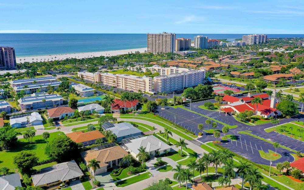 100 Beachcomber St, Marco Island - Home For Sale 2086805690
