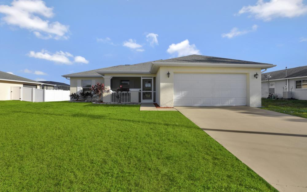 2903 NW 5th Pl, Cape Coral - Home For Sale 1209586393