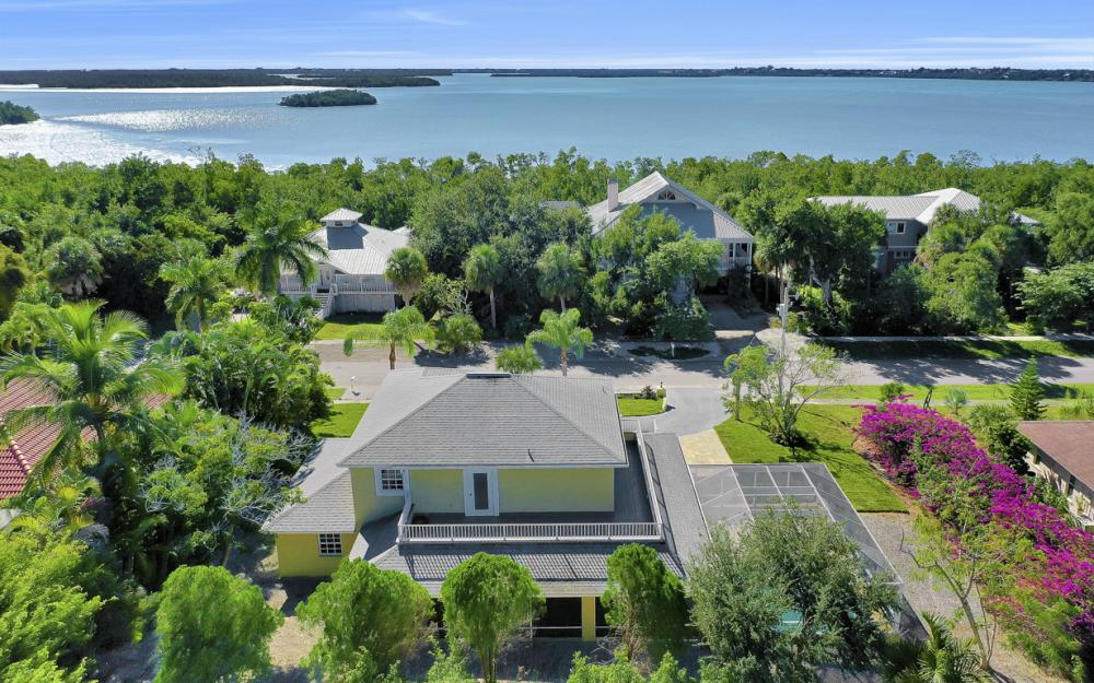2004 Sheffield Ave, Marco Island - Home For Sale  285986347