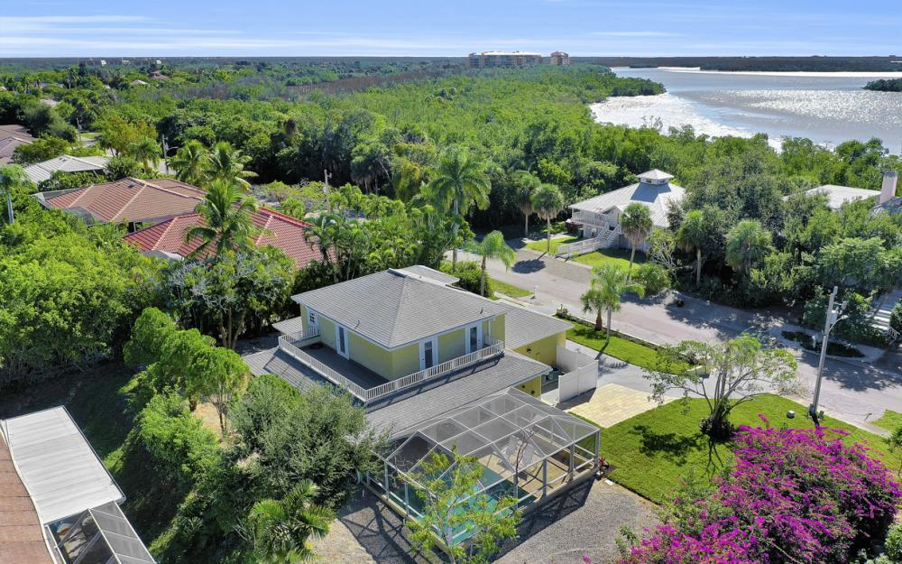 2004 Sheffield Ave, Marco Island - Home For Sale  904263375