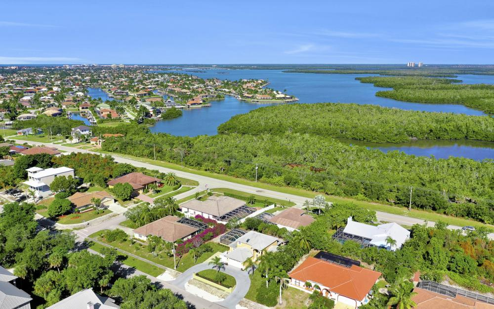 2004 Sheffield Ave, Marco Island - Home For Sale  1963802036