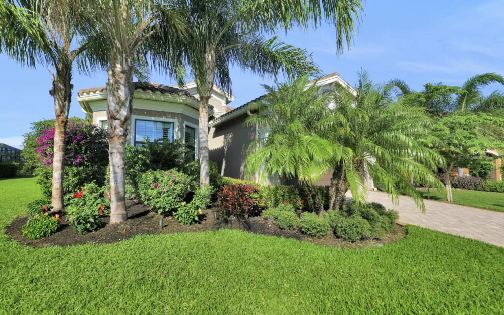 2890 Cinnamon Bay Cir, Naples - Home For Sale 1822668793