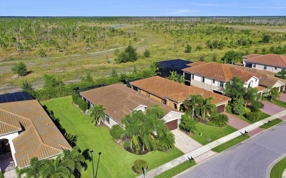 2890 Cinnamon Bay Cir, Naples - Home For Sale 852153926