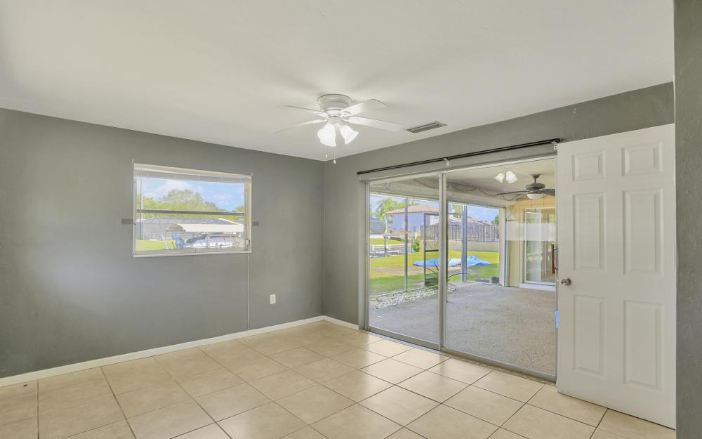 825 Lucerne Pkwy, Cape Coral - Condo For Sale 807576525