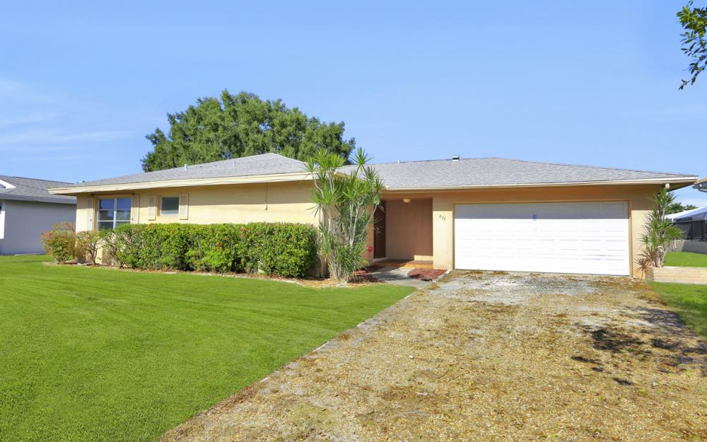 825 Lucerne Pkwy, Cape Coral - Condo For Sale 1884831301