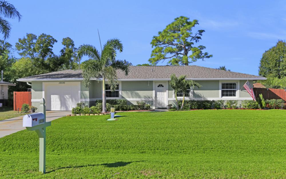 18596 Bradenton Rd, Fort Myers - Home For Sale 638604820