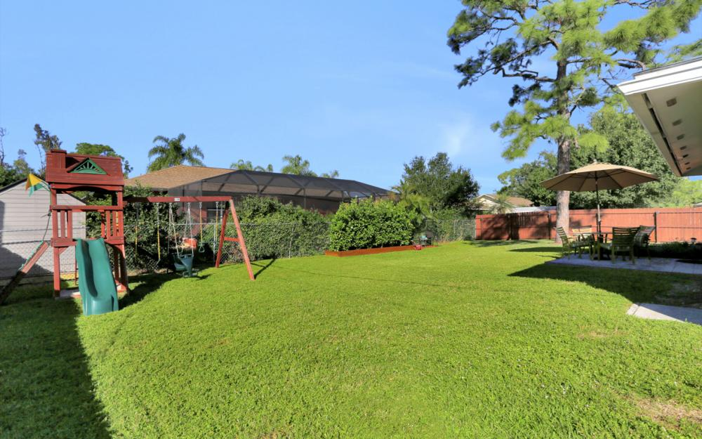 18596 Bradenton Rd, Fort Myers - Home For Sale 250431098