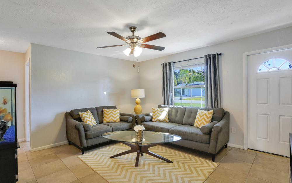 18596 Bradenton Rd, Fort Myers - Home For Sale 2054502711
