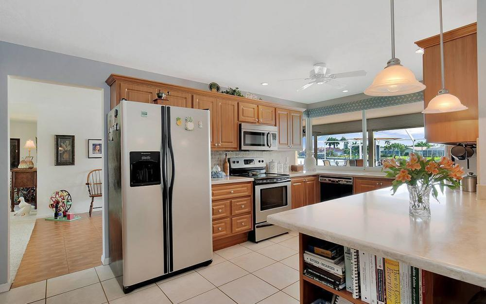 111 SW 54th Ter, Cape Coral - House For Sale 2080263919
