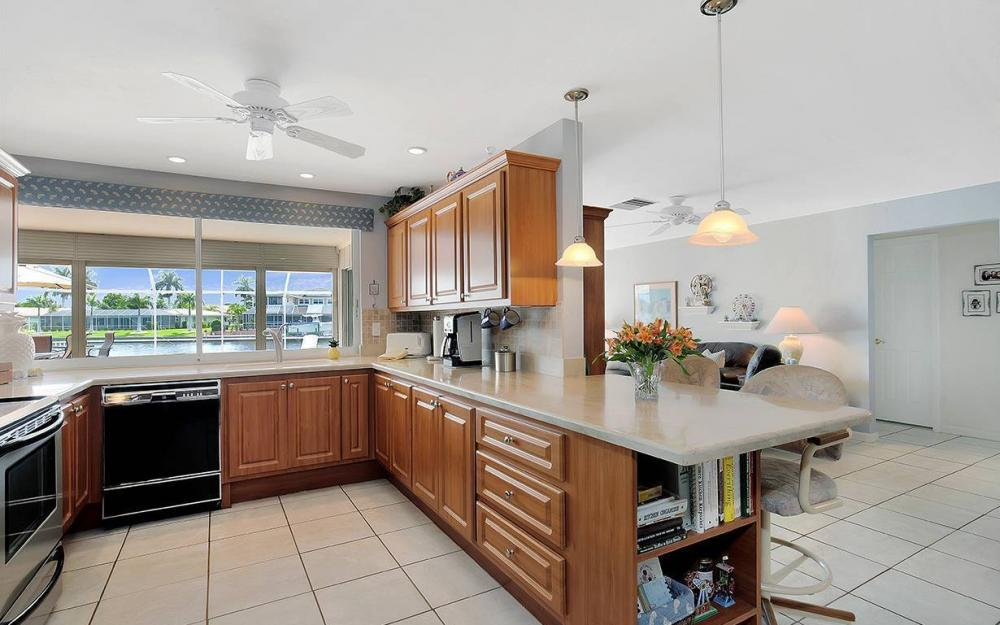111 SW 54th Ter, Cape Coral - House For Sale 346219872