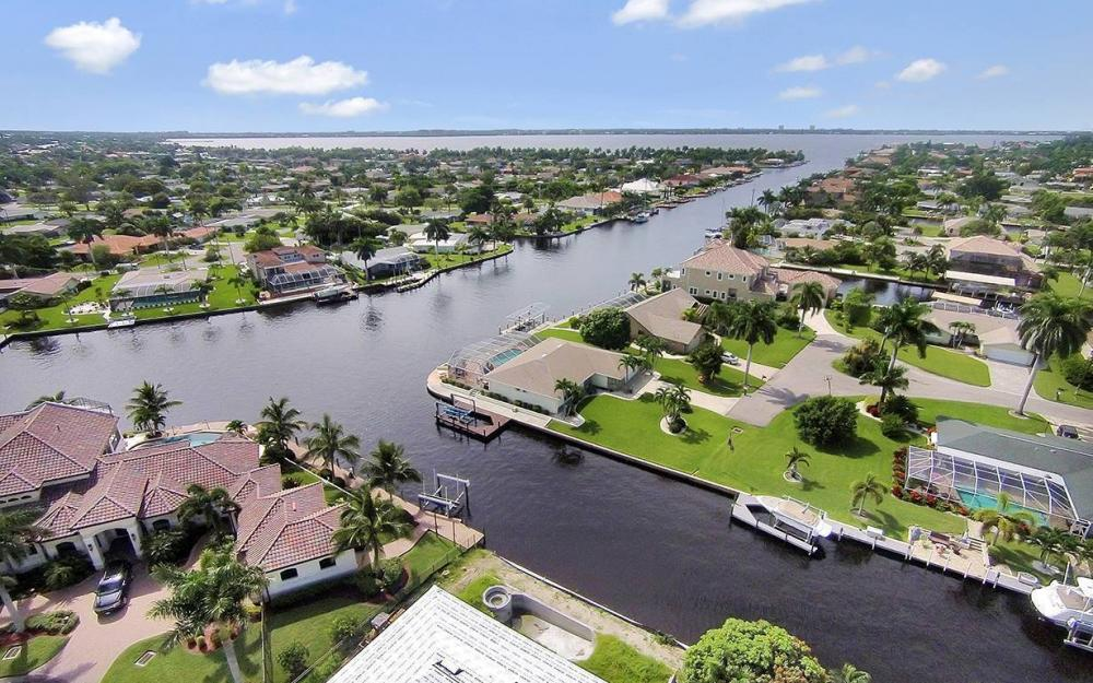 111 SW 54th Ter, Cape Coral - House For Sale 1660108788