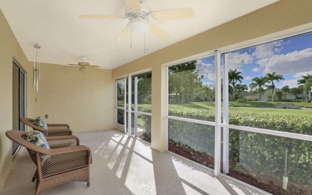 9261 Palm Island Cir, North Fort Myers - Home For Sale 424833363
