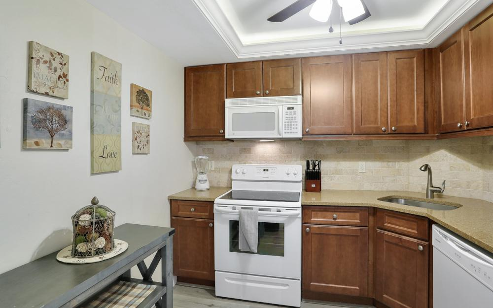 380 Seaview Ct #208, Marco Island - Vacation Rental 308084070