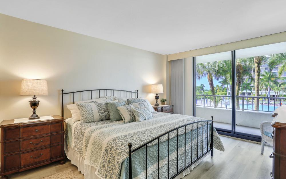380 Seaview Ct #208, Marco Island - Vacation Rental 48888472
