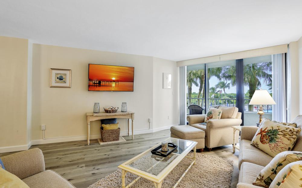 380 Seaview Ct #208, Marco Island - Vacation Rental 166627243