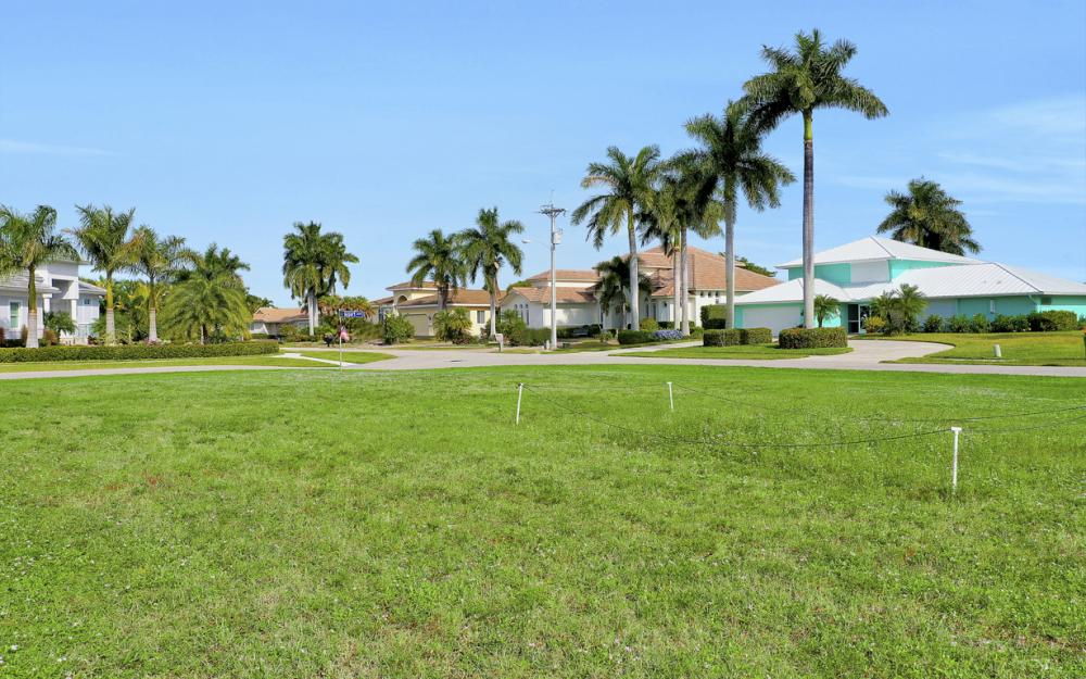 188 Majorca Cir, Marco Island - Lot For Sale 69524602