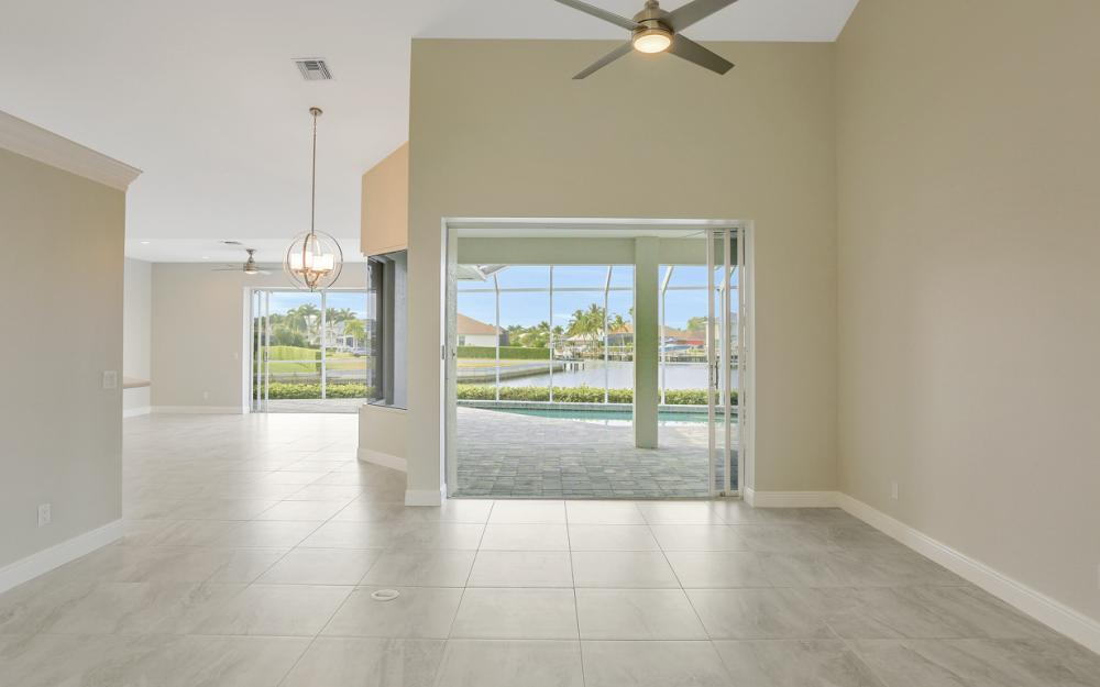 948 Hunt Ct, Marco Island - Home For Sale 207854803