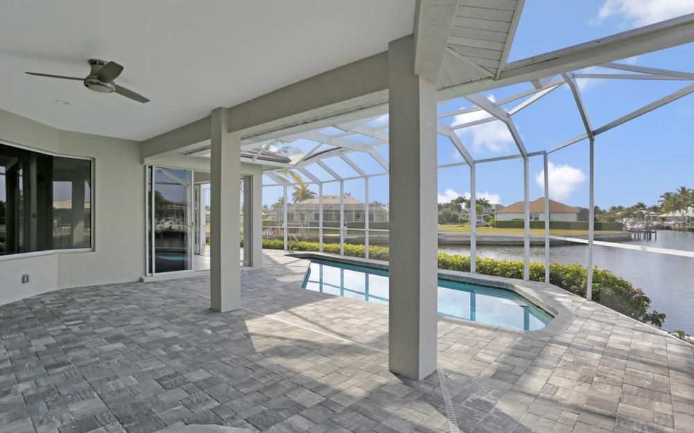 948 Hunt Ct, Marco Island - Home For Sale 61259954