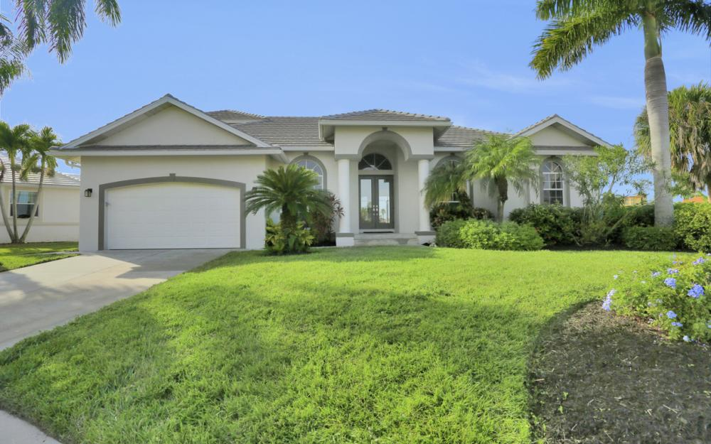 948 Hunt Ct, Marco Island - Home For Sale 601848686